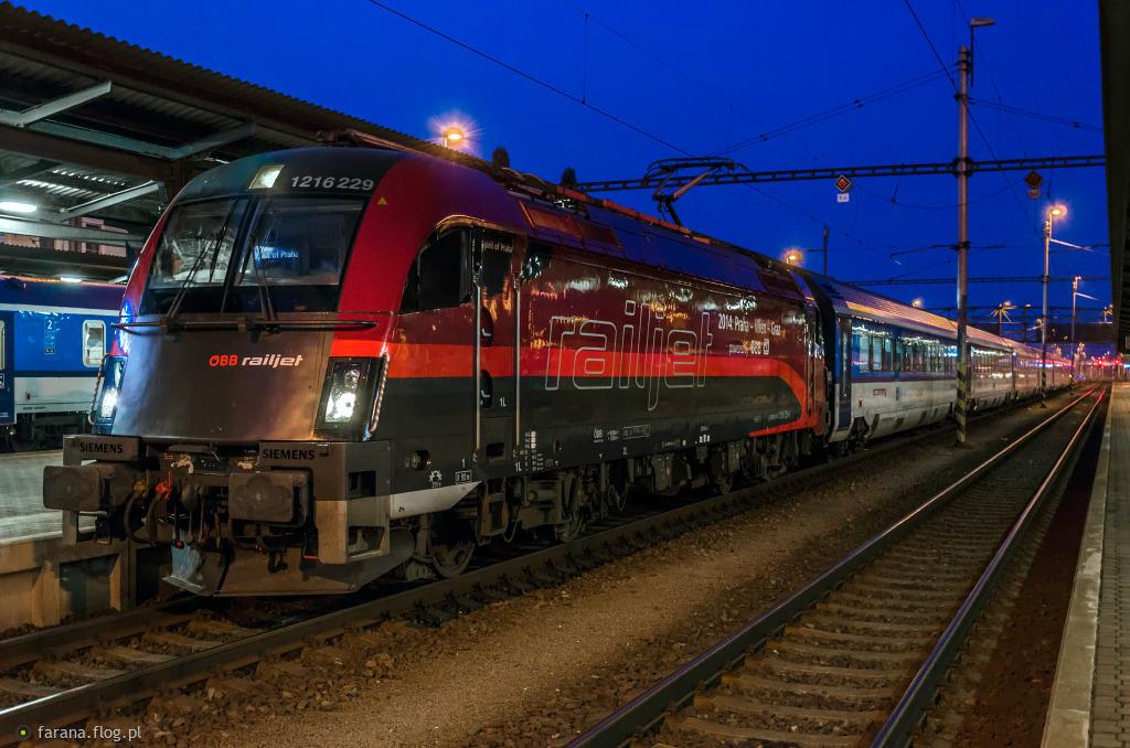 ES64U4-C 1216 229-5 RailJet #OBB & Ceske_Drahy