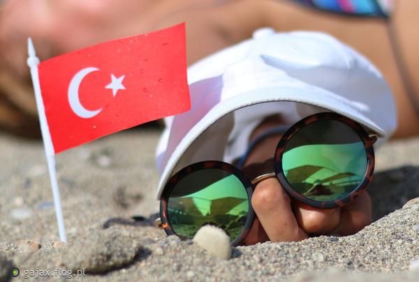 http://s12.flog.pl/media/foto_middle/9306490_pozdrowienia-z-turcji-dla-flogowiczow-.jpg
